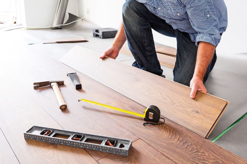 A Simple Guide to Choose Best Hardwood Flooring Contractor