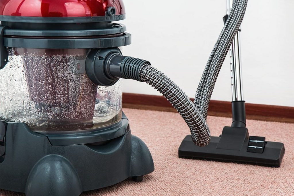 Main Differences Between Wet and Dry Vacuum Cleaners