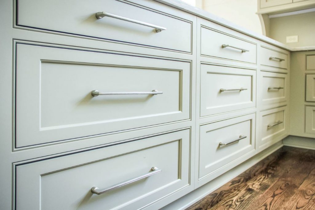 Smart Shopping Tips For Buying Kitchen Cabinets