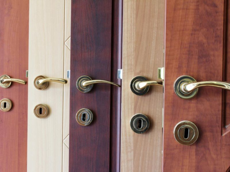 The Ultimate Guide to Choosing the Right Doors For Your Home Makeover