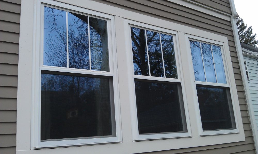 Why Colorado Homeowners Should Choose Vinyl Replacement Windows Over Wood