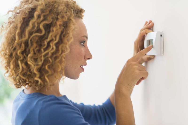 Trick the Thermostat How to Lower Energy Bill