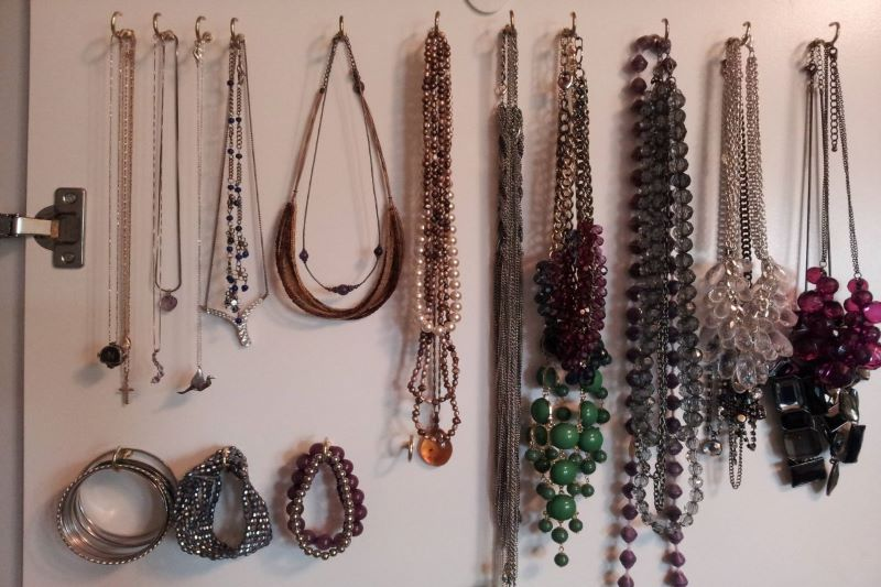Ways to Organize Jewelry so Your Favorite Accessories Stay Tangle-Free
