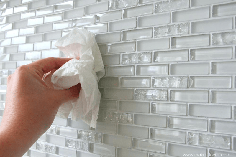 What are the Benefits of Using Glass Tiles