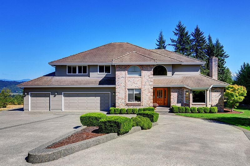5 Driveway Design Tips to Boost Your Home's Curb Appeal